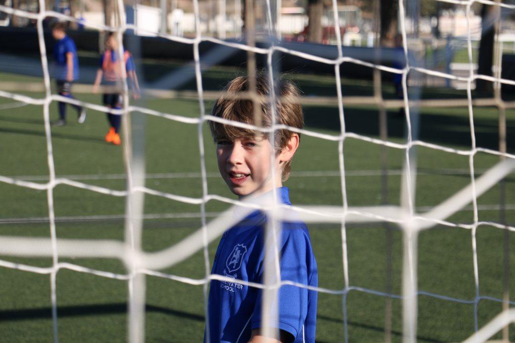 Bridgewater School Valencia football solo